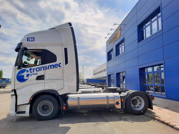 La flota Transmec se amplía con nuevos camiones a gas natural